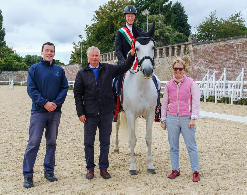 AROUND THE COUNTRY:  Walshe takes top honours with Kinsau