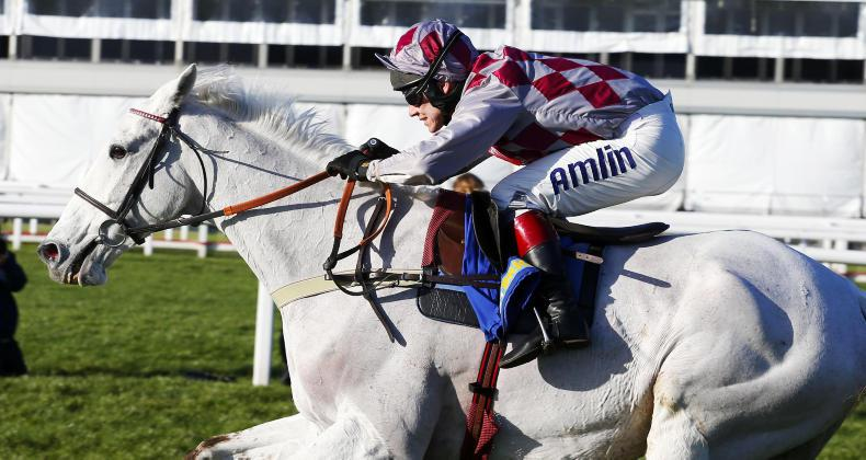 Smad Place betters Cloudy Dream in Old Roan Chase
