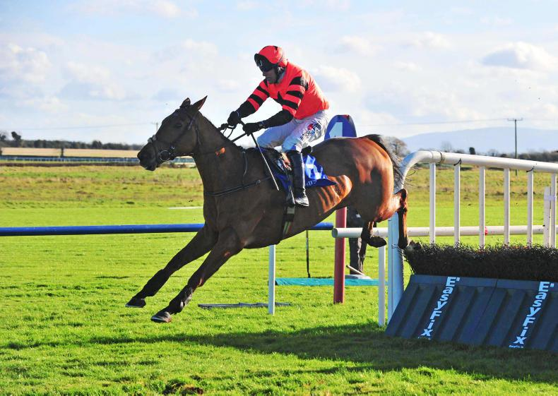 FAIRYHOUSE TUESDAY: Jetz turns on the style