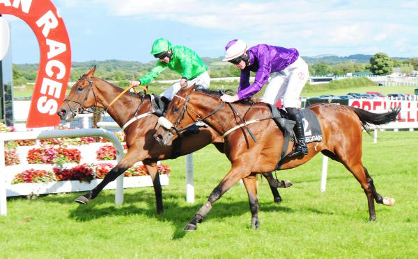 Manhattan gets there in time for Weld