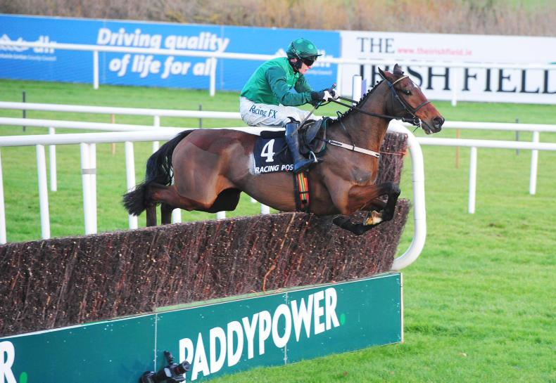 SIMON ROWLANDS: Footpad wins as smooth as silk
