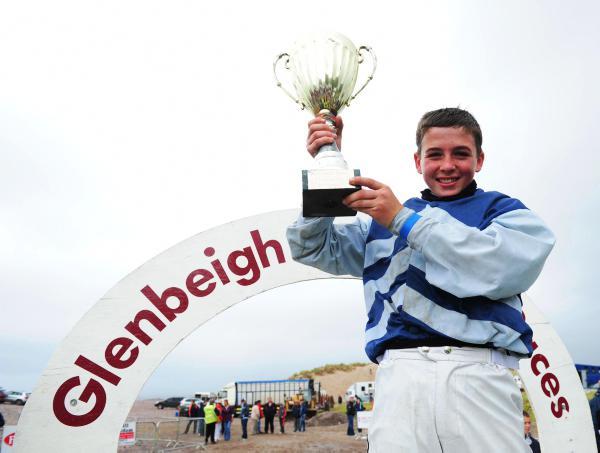Leonard and Ryan dominate Glenbeigh