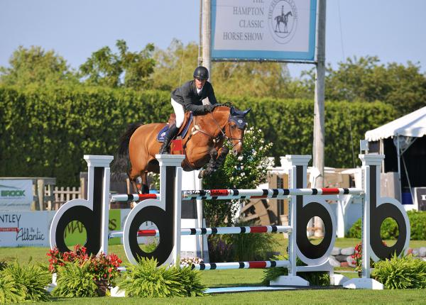 Kenny captures Longines Cup
