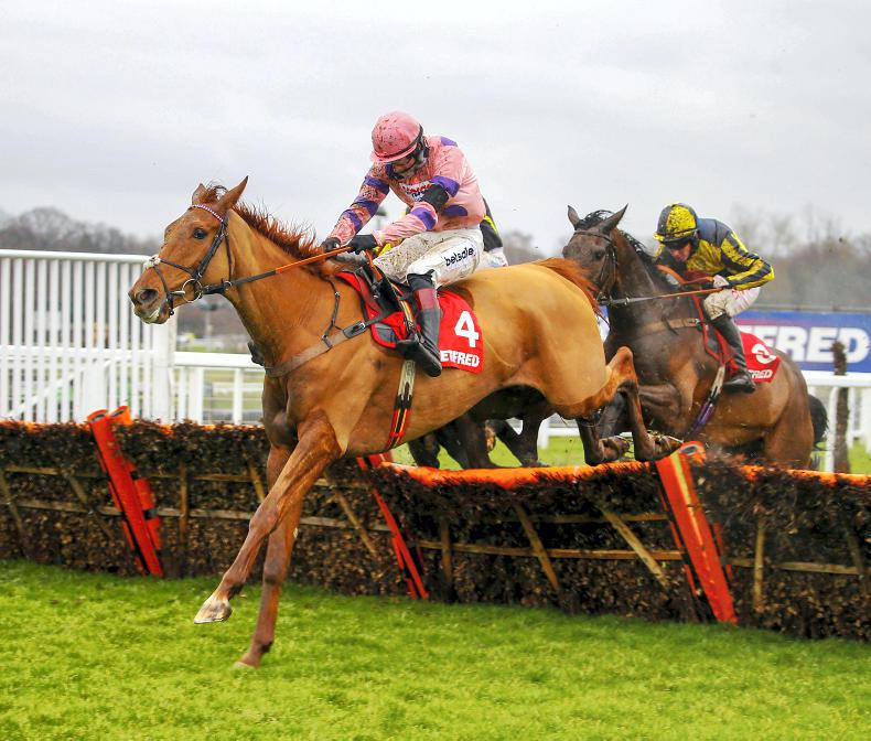 BRITAIN: Top on his Game at Sandown
