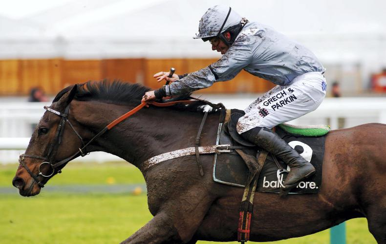 AINTREE FRIDAY: Santini toughs it out